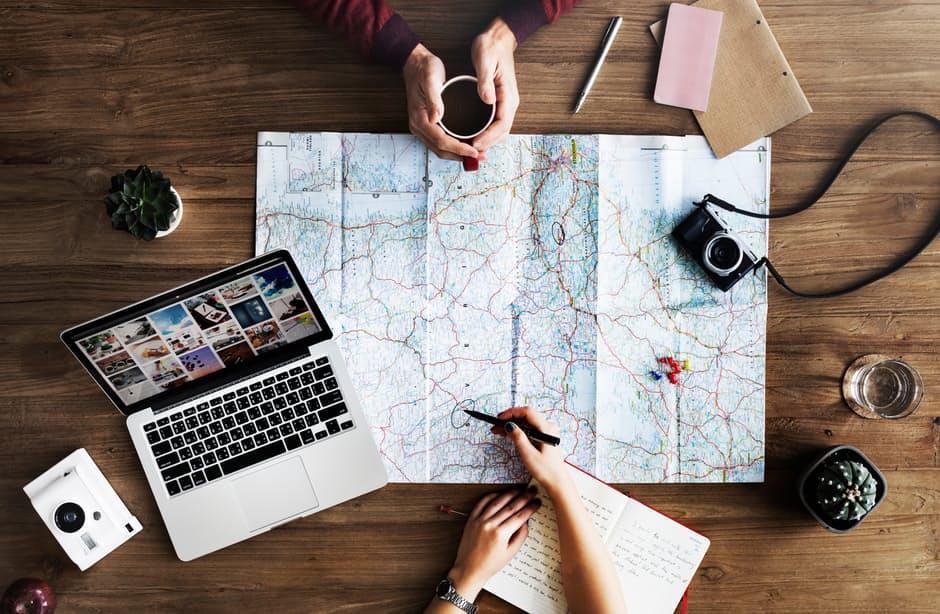 """ייעוץ ותכנון מסלולי טיול בחו""""ל"""