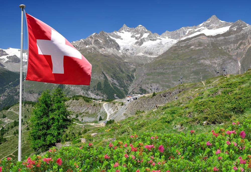 המדריך המלא לטיול בשוויץ - מסע אל תוך גלויה