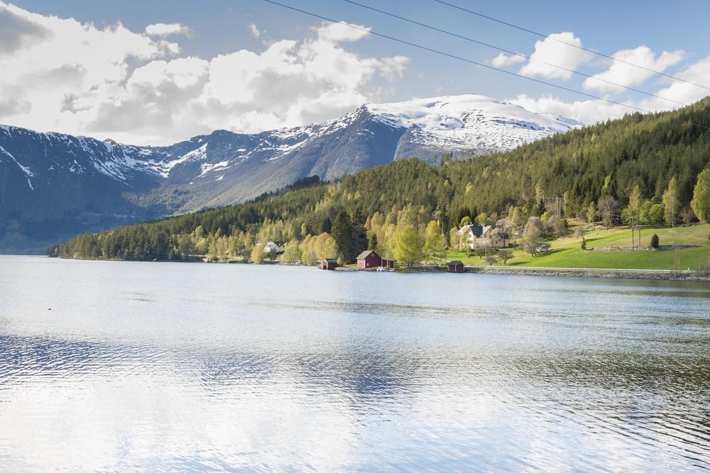אגם Hornindalsvatnet